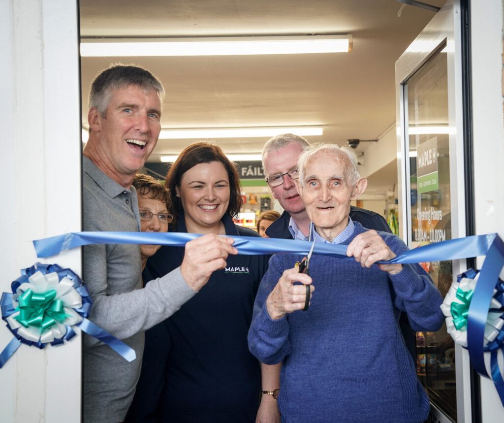 WELL KNOWN LOCAL DERRYBEG MAN & OLDEST CUSTOMER CUTS THE RIBBON ON NEW MAPLE STORE!