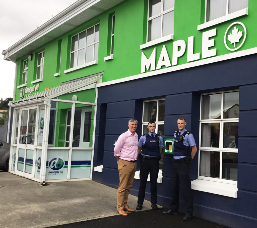 Gardaí in Letterkenny highlight the Defibrilator located outside the offices of Donegal Oil Company on Port Rd. as part of their Community Engagement Project